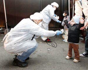Contrôle des enfants à Mauverney après la catastrophe